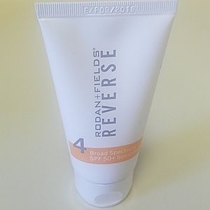 RODAN+FIELDS SPF50 SUNSCREEN